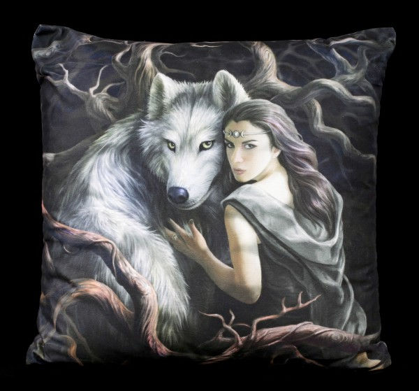 Cushion with Wolf - Soul Bond