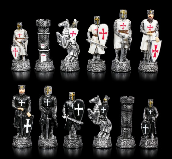 Chessmen Set - Crusader Black vs. White
