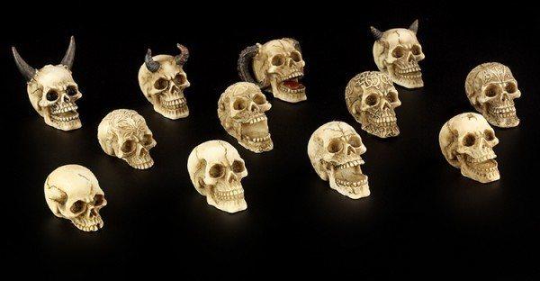 Small Skulls - Set of 12