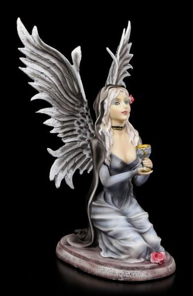Angel Figurine - Grailkeeper kneeling