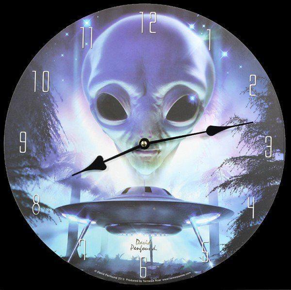 Wanduhr - Alien Landing