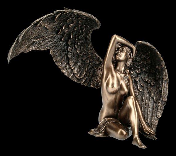 Engel Figur - Weiblicher Akt mit offenen Flügeln
