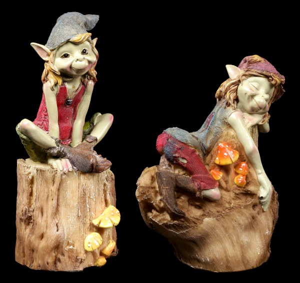 Pixie Figuren - Sitzen auf dem Baumstamm - 2er Set
