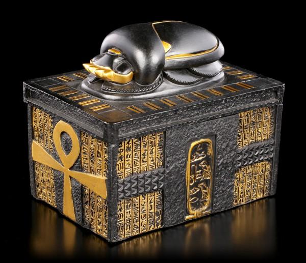 Ägyptische Schatulle mit Skarabäus