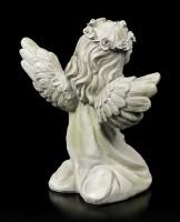 Engel Gartenfigur - Mädchen schaut zum Himmel