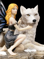 Fairy Figurine - Anhia with white Wolf
