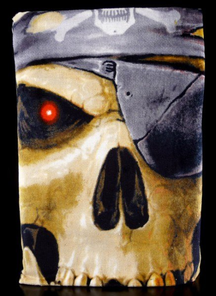 Towel Pirate Skull - Anne Stokes