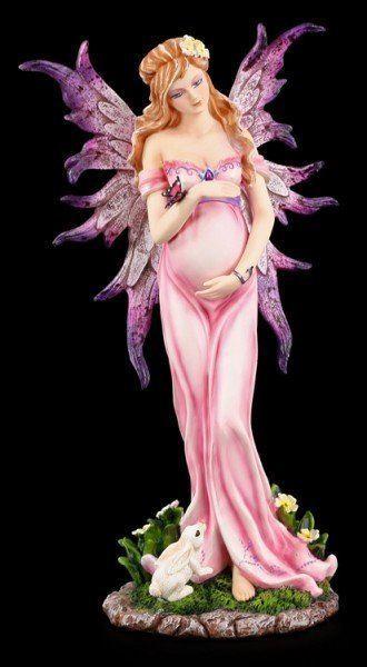 Pregnant Figurine 45