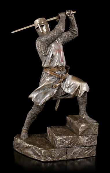 Crusader Figurine with Two Hand Sword