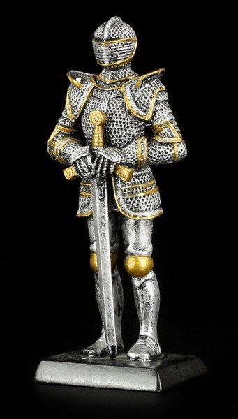 Kleine Ritter Figur mit Schwert