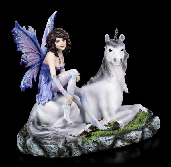 Elfen Figur - Amira sitzt auf Einhorn