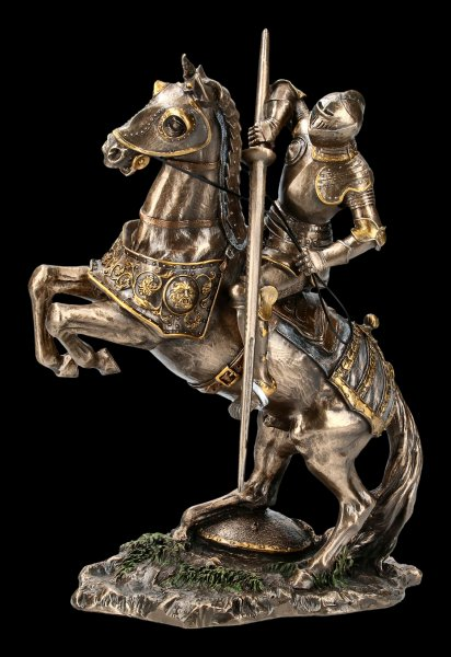 Knight Figurine - On dispute Horse with Lance