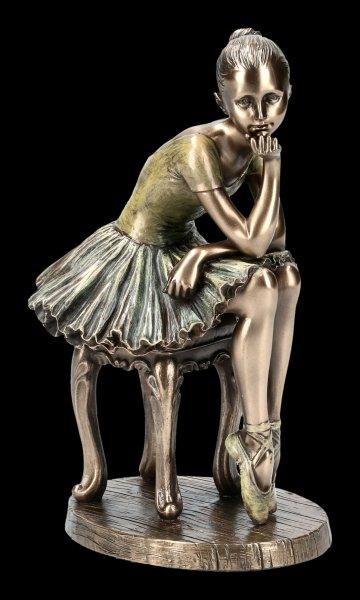 Ballerina Figur - L'Attente auf Hocker