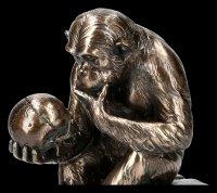 Affe mit Schädel - Hugo Rheinhold