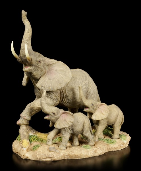 Elephant Figurines Family - Mother with two Childs