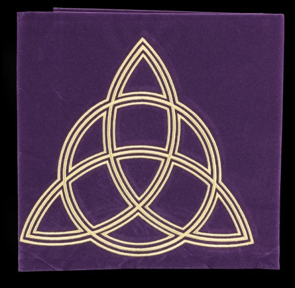 Tarot Cloth Wicca with Triquetra
