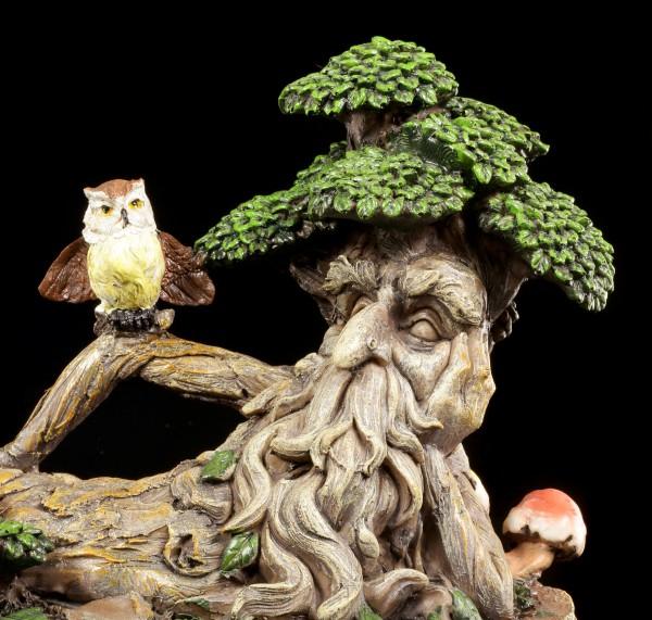 Waldgeist Figur - Liegend mit Eule