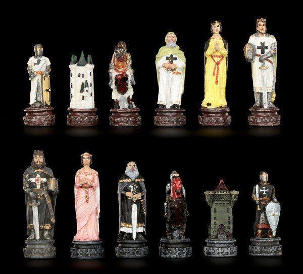 Schachfiguren - Kreuzritter gegen Tempelritter