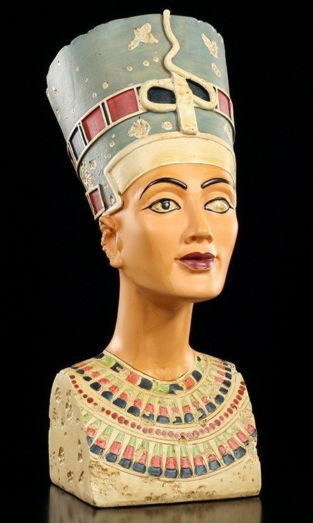 Nefertiti natural oils Treatment with natural oils is a science and practice which aims to preserve and promote health of body, mind and beauty.