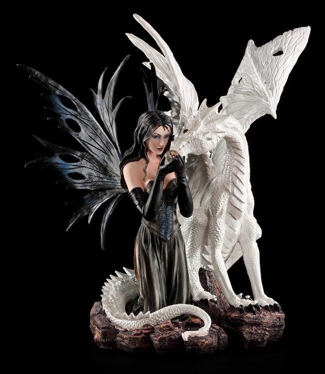große elfen figur  avala mit weißem drachen  deko figur