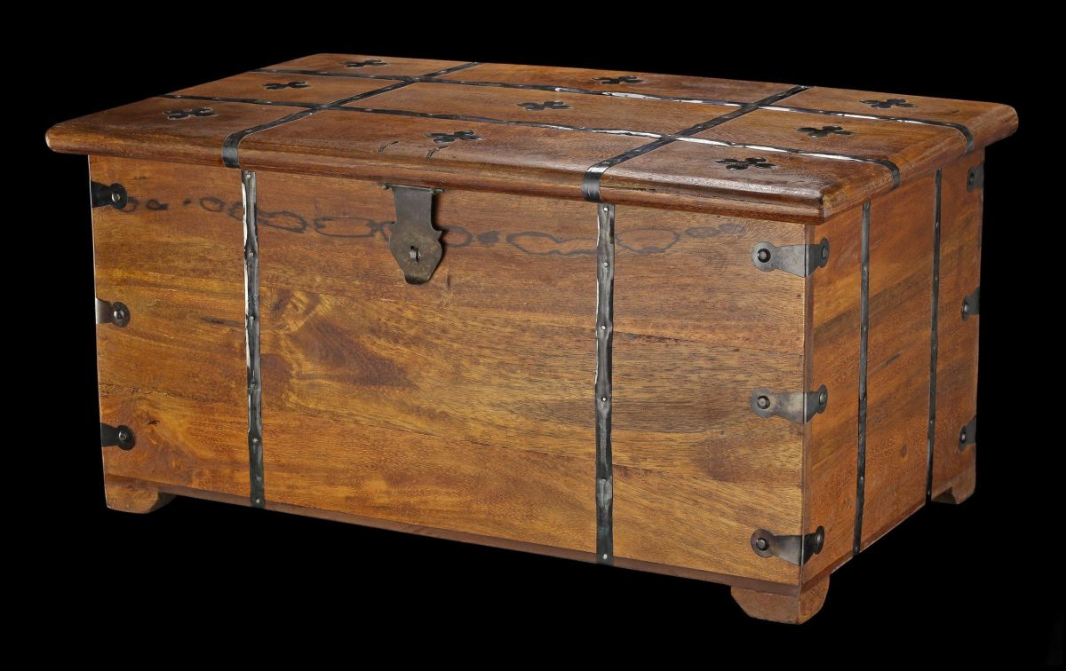 mittelalterliche holz truhe mit kassettendeckel und kreuzen kiste box metall ebay. Black Bedroom Furniture Sets. Home Design Ideas